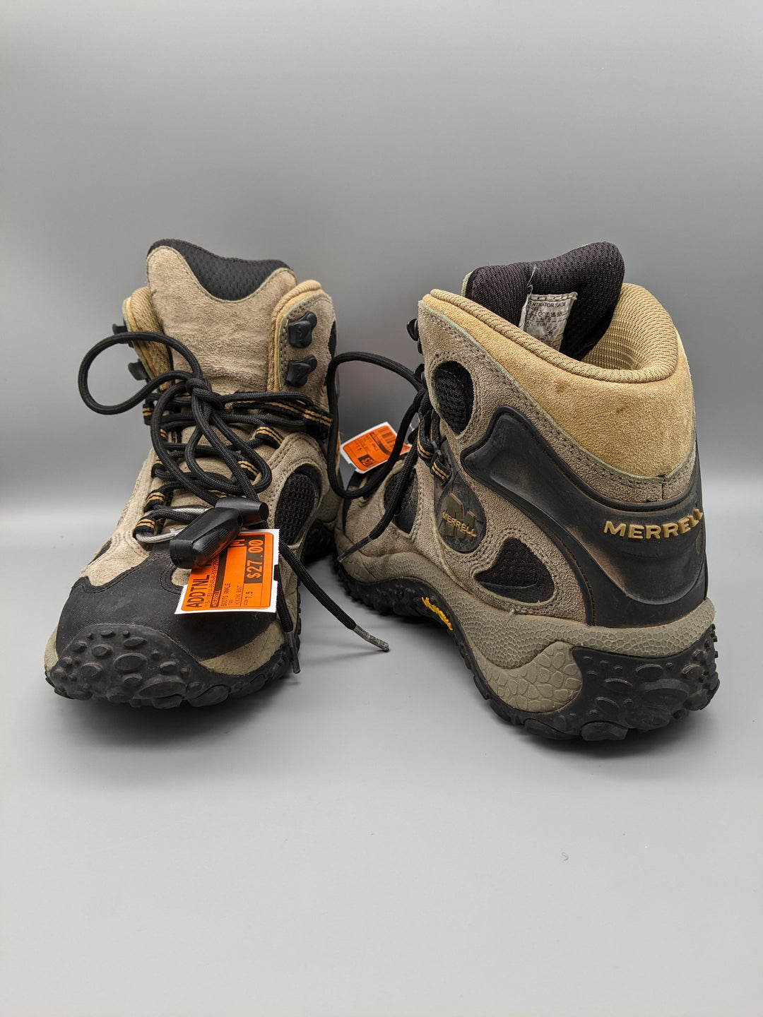 Primary Photo - BRAND: MERRELL <BR>STYLE: BOOTS ANKLE <BR>COLOR: TAN <BR>SIZE: 7.5 <BR>OTHER INFO: HIKING BOOT <BR>SKU: 115-115314-9545