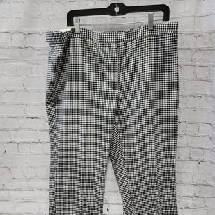 Primary Photo - BRAND: CALVIN KLEIN STYLE: PANTS COLOR: CHECKED SIZE: 16 OTHER INFO: NEW! SKU: 115-115314-11077