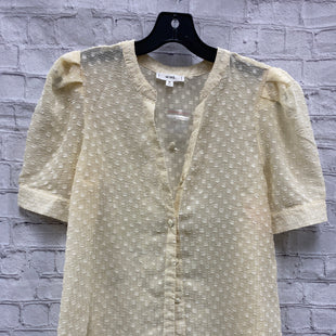 Primary Photo - BRAND: MINE STYLE: TOP SHORT SLEEVE COLOR: CREAM SIZE: M SKU: 115-115347-3223