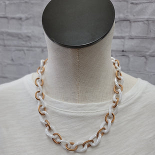 Primary Photo - BRAND:    CLOTHES MENTOR STYLE: NECKLACE COLOR: BRONZE SKU: 115-115347-2903