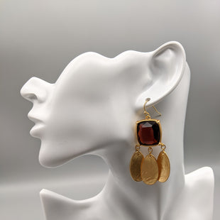 Primary Photo - BRAND: CHICOS STYLE: EARRINGS COLOR: GOLD OTHER INFO: RED SKU: 115-115314-9446