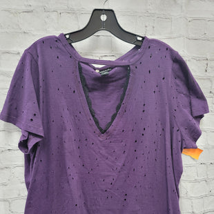 Primary Photo - BRAND: TORRID STYLE: TOP SHORT SLEEVE COLOR: PURPLE SIZE: 2X OTHER INFO: DISTRESSED WITH LACE SKU: 115-115347-3327