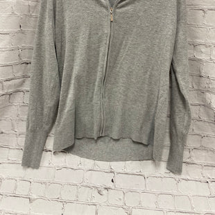 Primary Photo - BRAND:    CLOTHES MENTOR STYLE: SWEATER LIGHTWEIGHT COLOR: GREY SIZE: L OTHER INFO: QUESTION - SKU: 115-115309-16676