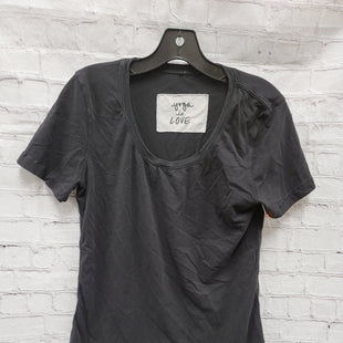 Primary Photo - BRAND: LULULEMON STYLE: ATHLETIC TOP SHORT SLEEVE COLOR: BLACK SIZE: S SKU: 115-115309-18933