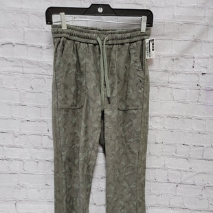 Primary Photo - BRAND: ATHLETA STYLE: ATHLETIC PANTS COLOR: CAMOFLAUGE SIZE: 0 SKU: 115-115335-3739