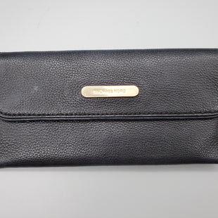 Primary Photo - BRAND: MICHAEL KORS STYLE: WALLET COLOR: BLACK SIZE: MEDIUM SKU: 115-115302-15948SOME SCUFFING TO LEATHER