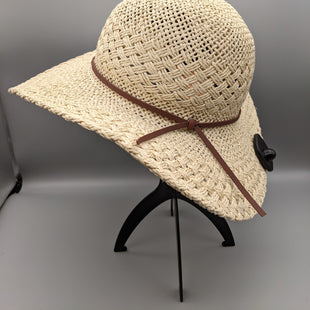 Primary Photo - BRAND: CHAPS STYLE: HAT COLOR: KHAKI OTHER INFO: NWT SKU: 115-115302-18121