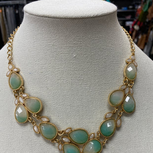 Primary Photo - BRAND:    CLOTHES MENTOR STYLE: NECKLACE COLOR: GREEN SKU: 115-115322-7448