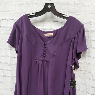 Primary Photo - BRAND:    CLOTHES MENTOR STYLE: TOP SHORT SLEEVE COLOR: PURPLE SIZE: 3X OTHER INFO: EAST ADELINE - SKU: 115-115309-20851