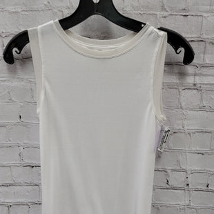 Primary Photo - BRAND: ATHLETA STYLE: ATHLETIC TOP COLOR: WHITE SIZE: XS OTHER INFO: BASIC SLEEVELESS SKU: 115-11545-100947