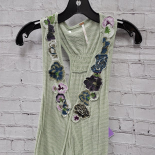 Primary Photo - BRAND: FREE PEOPLE STYLE: TOP SLEEVELESS COLOR: GREEN SIZE: M OTHER INFO: FLORAL COLLAR SKU: 115-115260-94801