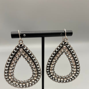 Primary Photo - BRAND: PREMIER DESIGNS STYLE: EARRINGS COLOR: SILVER OTHER INFO: NEW! SKU: 115-115314-9931