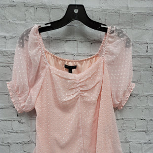 Primary Photo - BRAND: BANANA REPUBLIC STYLE: TOP SHORT SLEEVE COLOR: PINK SIZE: XS SKU: 115-115347-2113