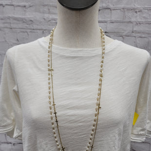 Primary Photo - BRAND:    CLOTHES MENTOR STYLE: NECKLACE COLOR: WHITE OTHER INFO: GOLD SKU: 115-115336-922