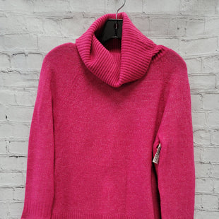 Primary Photo - BRAND: ANN TAYLOR LOFT STYLE: SWEATER LIGHTWEIGHT COLOR: HOT PINK SIZE: S OTHER INFO: TURTLENECK SKU: 115-115335-3115