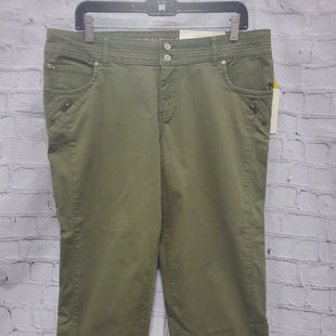 Primary Photo - BRAND: SONOMA STYLE: CAPRIS COLOR: GREEN SIZE: 12 OTHER INFO: NEW! SKU: 115-115347-1212