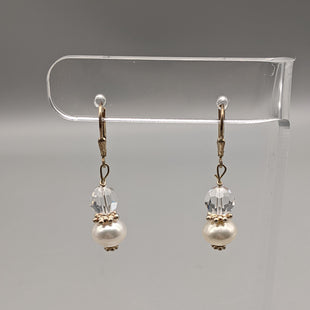 Primary Photo - BRAND:    CLOTHES MENTOR STYLE: EARRINGS COLOR: CLEAR SKU: 115-115336-3666