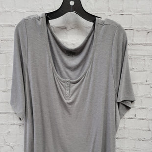 Primary Photo - BRAND: LANE BRYANT STYLE: TOP SHORT SLEEVE COLOR: GREY SIZE: 3X SKU: 115-115309-21365