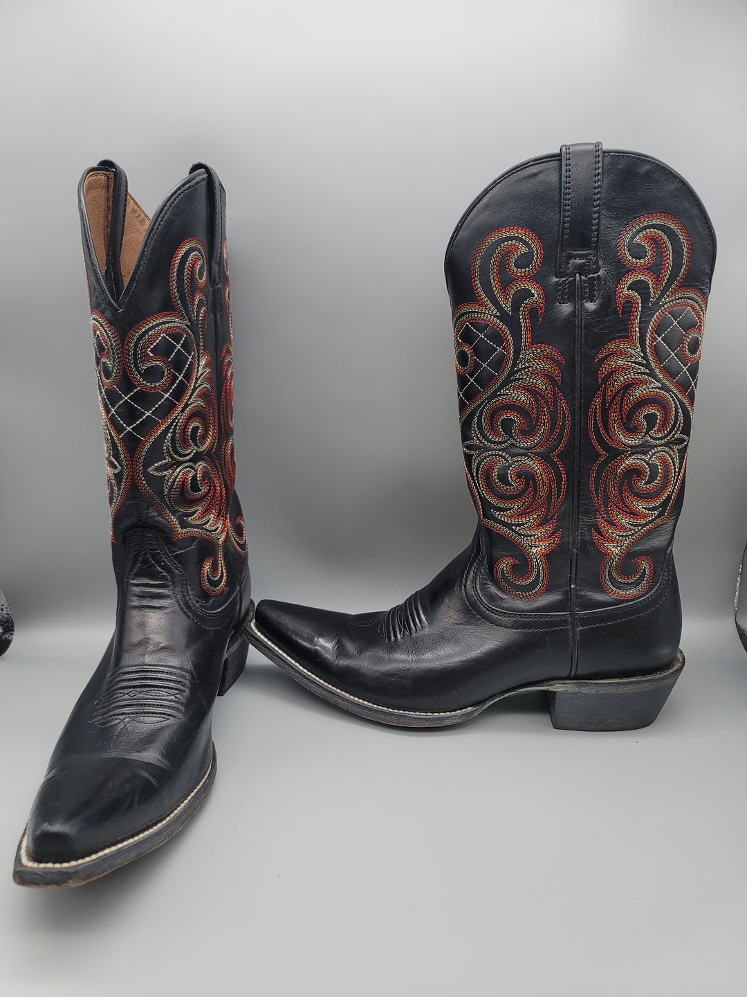 Primary Photo - BRAND: ARIAT <BR>STYLE: BOOTS KNEE <BR>COLOR: BLACK <BR>SIZE: 9 <BR>OTHER INFO: RED AND ORANGE STICHING <BR>SKU: 115-115314-11134