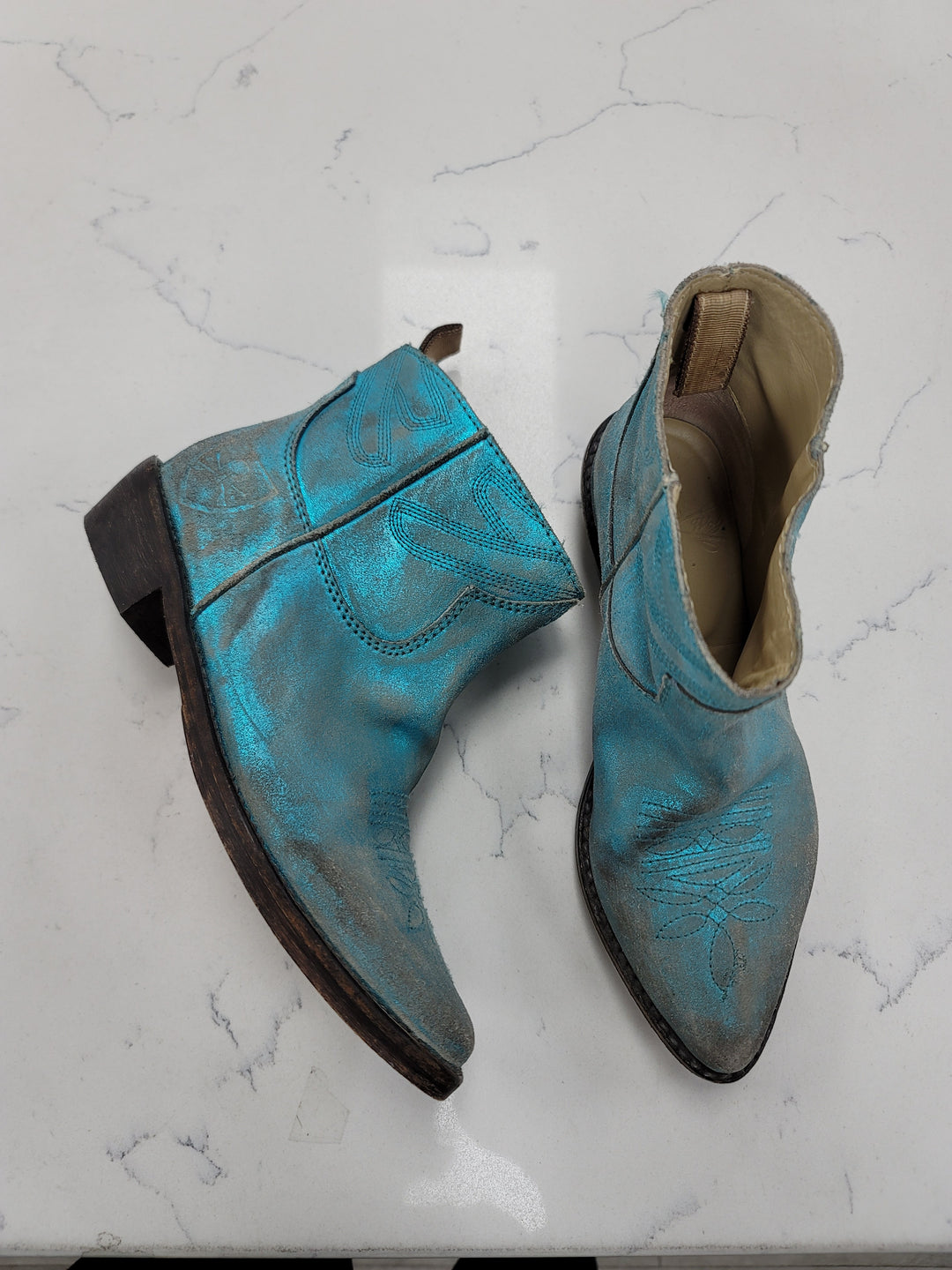 Primary Photo - BRAND:  CMB <BR>STYLE: BOOTS ANKLE <BR>COLOR: TEAL <BR>SIZE: 7 <BR>OTHER INFO: MR WOLF - <BR>SKU: 115-115340-4752