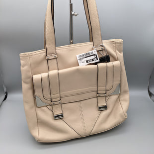 Primary Photo - BRAND: B MAKOWSKY STYLE: HANDBAG COLOR: CREAM SIZE: MEDIUM OTHER INFO: ** WITH DUSTBAG SKU: 115-115347-3040SOME SMALL STAINS