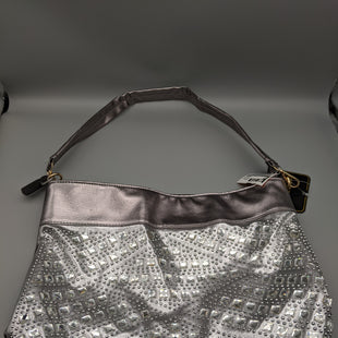 Primary Photo - BRAND:    CLOTHES MENTOR STYLE: HANDBAG COLOR: SILVER SIZE: MEDIUM OTHER INFO: NWT SEQUIN SKU: 115-115302-17945
