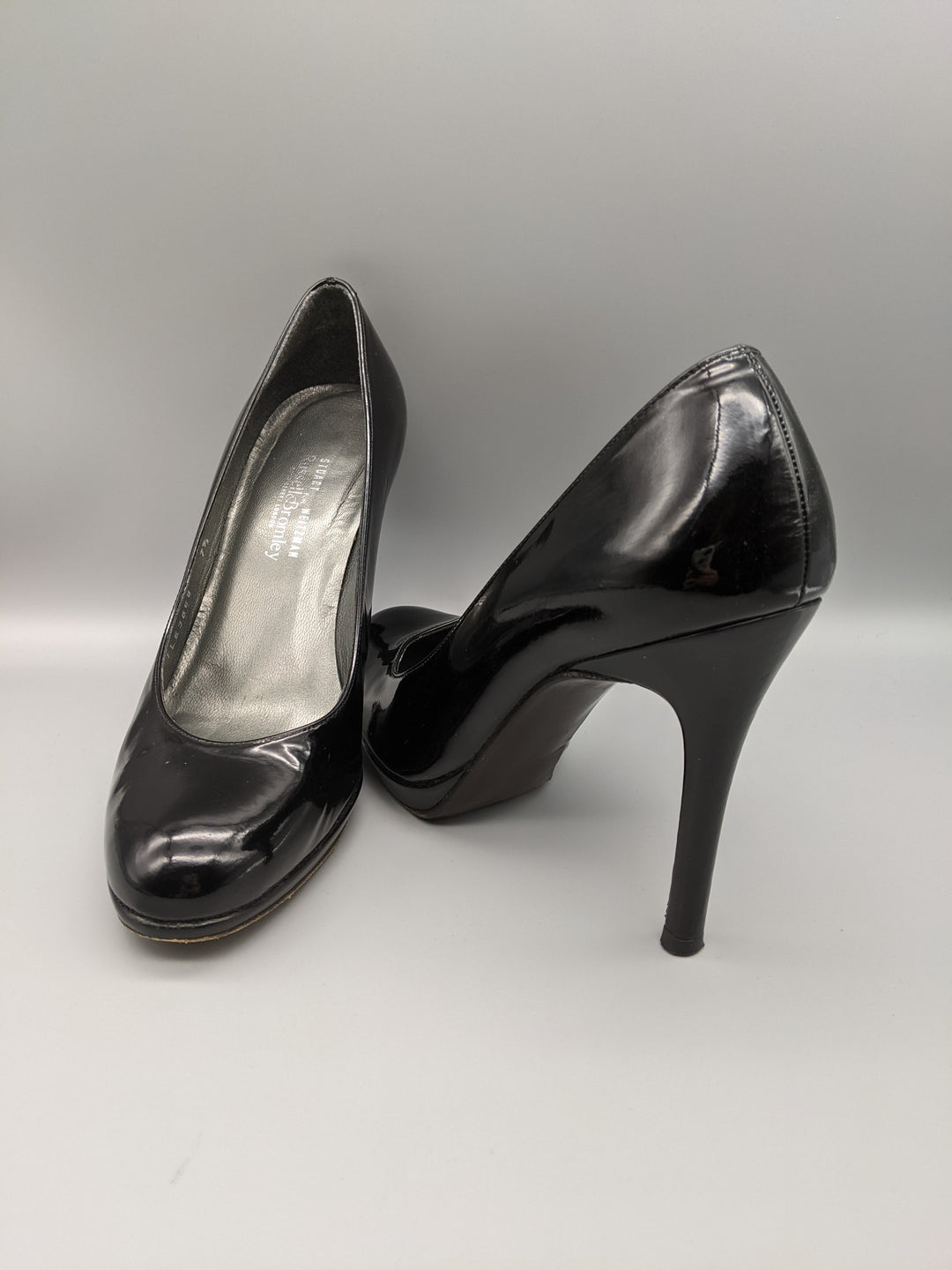 Primary Photo - BRAND: STUART WEITZMAN <BR>STYLE: SHOES HIGH HEEL <BR>COLOR: BLACK <BR>SIZE: 7.5 <BR>OTHER INFO: RUSSEL AND BROMLEY ** <BR>SKU: 115-115314-9670