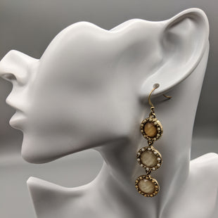 Primary Photo - BRAND:    CLOTHES MENTOR STYLE: EARRINGS SKU: 115-115260-92754SOME WEAR/TARNISH