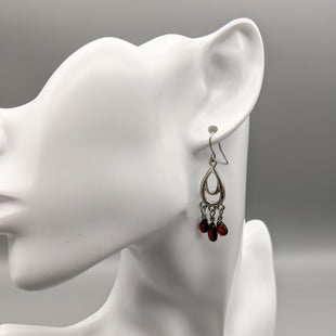 Primary Photo - BRAND:    CLOTHES MENTOR STYLE: EARRINGS COLOR: RED SKU: 115-115335-3818