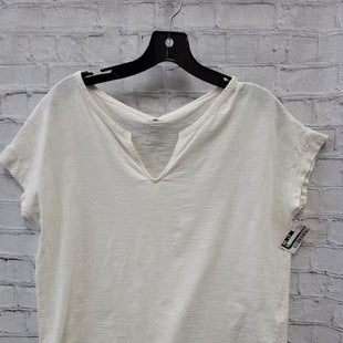 Primary Photo - BRAND: OLD NAVY STYLE: TOP SHORT SLEEVE COLOR: WHITE SIZE: M SKU: 115-115335-3774