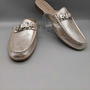 Primary Photo - BRAND: DONALD J PILNER STYLE: SHOES FLATS COLOR: SILVER SIZE: 10 OTHER INFO: ** SKU: 115-115260-94213