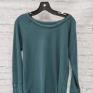 Primary Photo - BRAND:    CLOTHES MENTOR STYLE: TOP LONG SLEEVE COLOR: GREEN SIZE: M OTHER INFO: CHASOR - SKU: 115-115309-18383