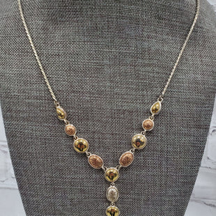 Primary Photo - BRAND: CH STYLE: NECKLACE COLOR: GOLD SKU: 115-11545-99115LIGHT TARNISH