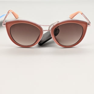 Primary Photo - BRAND: GUESS STYLE: SUNGLASSES COLOR: PINK SKU: 115-115309-18720SCRATCHES ON FRAME AND MINOR WEAR ON LENSES