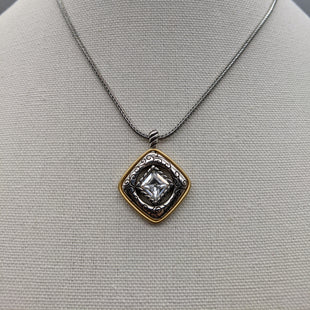 Primary Photo - BRAND: BRIGHTON STYLE: NECKLACE COLOR: SILVER OTHER INFO: GOLD SKU: 115-115336-3520