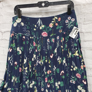 Primary Photo - BRAND: ANN TAYLOR LOFT STYLE: SKIRT COLOR: BLUE SIZE: 6 OTHER INFO: FLORAL SKU: 115-115309-17104