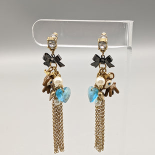 Primary Photo - BRAND:    CLOTHES MENTOR STYLE: EARRINGS COLOR: BROWN SKU: 115-115314-8050