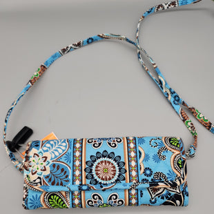 Primary Photo - BRAND: VERA BRADLEY STYLE: WRISTLET COLOR: BLUE SKU: 115-115360-437