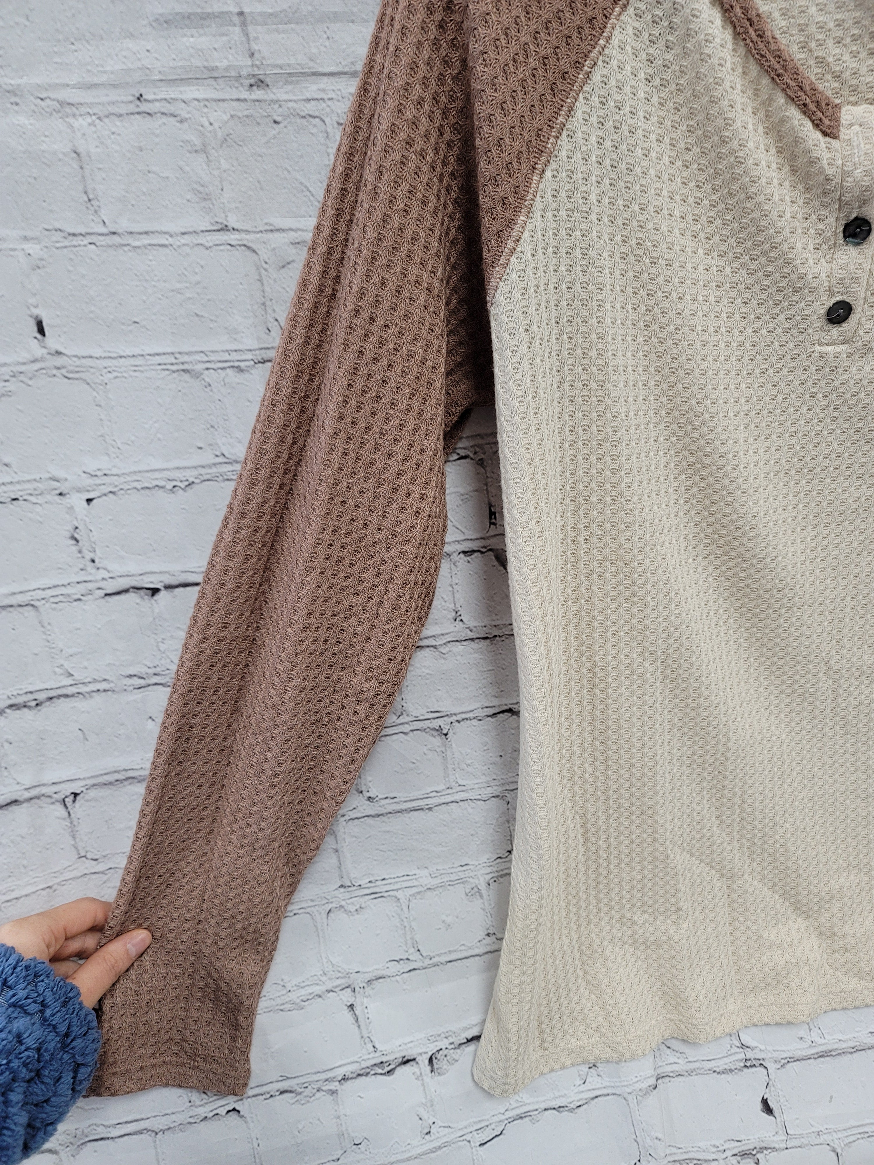 Photo #2 - BRAND: WRANGLER <BR>STYLE: TOP LONG SLEEVE <BR>COLOR: BROWN <BR>SIZE: M <BR>SKU: 115-115338-3836