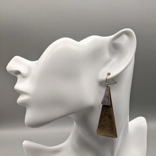 Primary Photo - BRAND:    CLOTHES MENTOR STYLE: EARRINGS SKU: 115-11545-100488