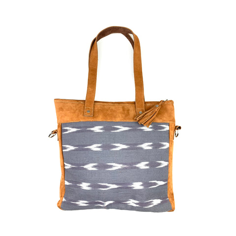 Serpentina Shoulder Bag in Gray