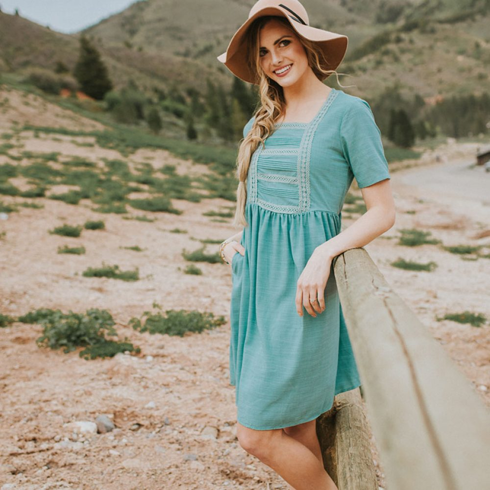 Alexa Dress in Teal