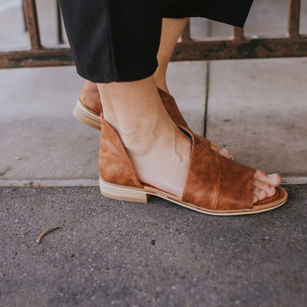 Cut it Out Sandal in Cognac