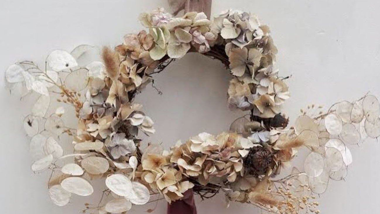 5 Stylish Dried Flower Arrangements for the Home