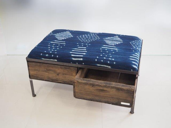品番UAIW−113  2drawer ottoman[wide/African indigo batik tribal]