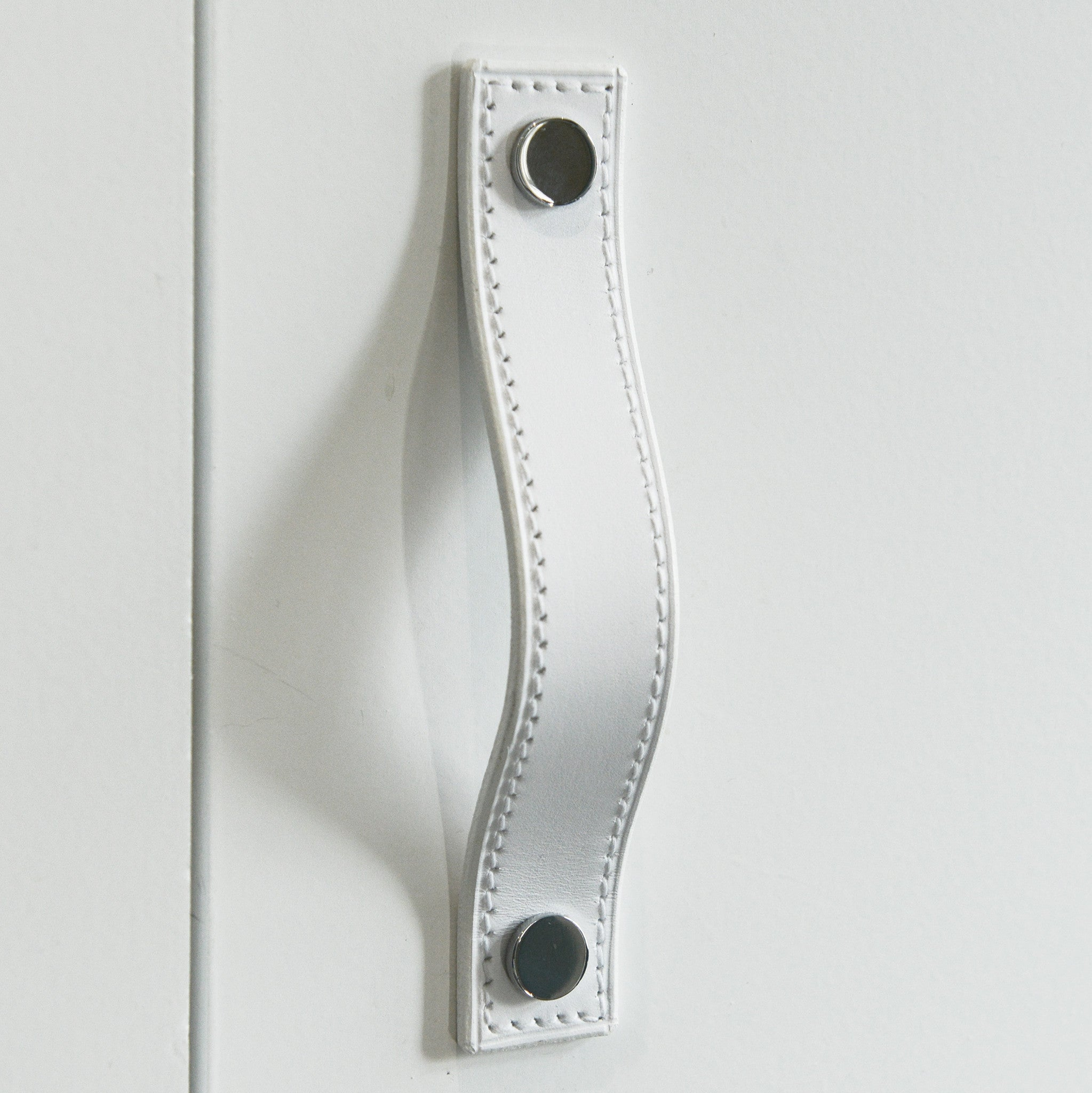 Alderney Stitched White Leather Door Pull
