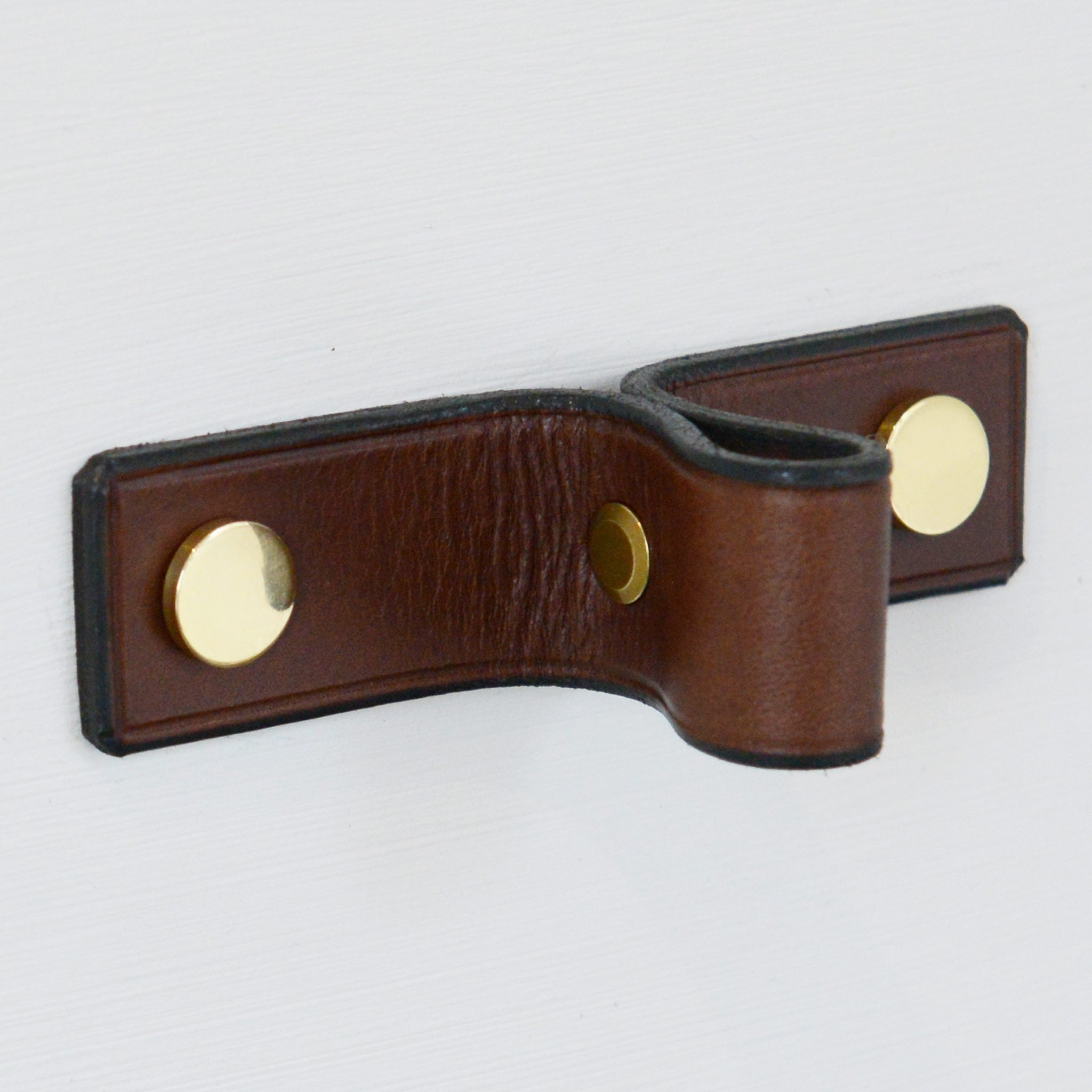 Siboney Pinched Brown Leather Door Pull with Polished Brass fixings