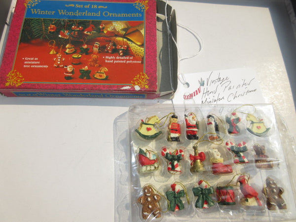 CHRISTMAS DECOR PREOWNED FREE SHIPPING AND HANDLING NO RETURNS