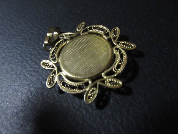 JEWELRY VINTAGE PREOWNED FREE SHIPPING AND HANDLING NO RETURNS