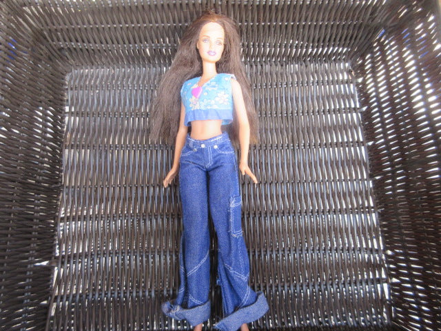 BARBIE 1999 CHINA WEARING WIDE LEG DENIM JEANS